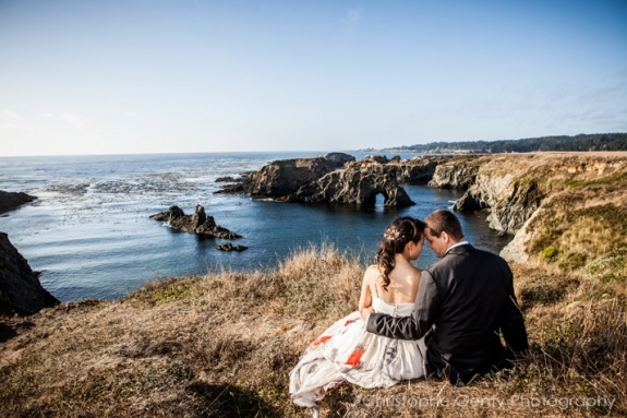 Mendocino Elopement Photography at the Albion Inn